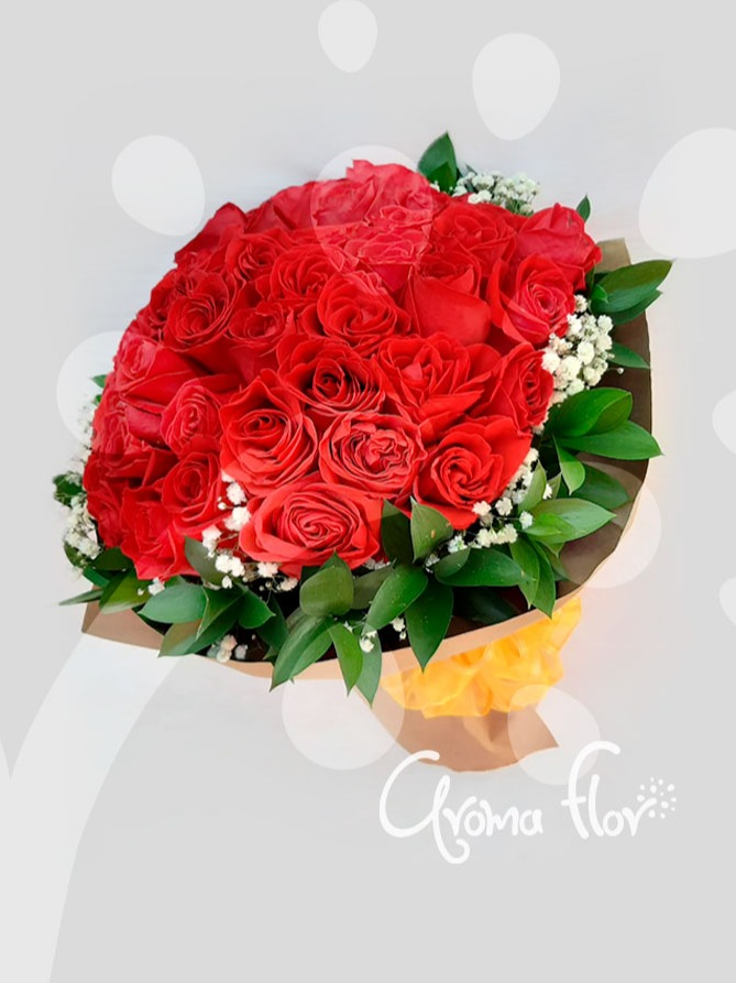 Bouquet Amor Real  50 rosas